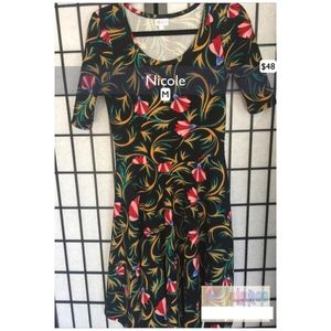 NWT Lularoe Nicole Dress Size Medium